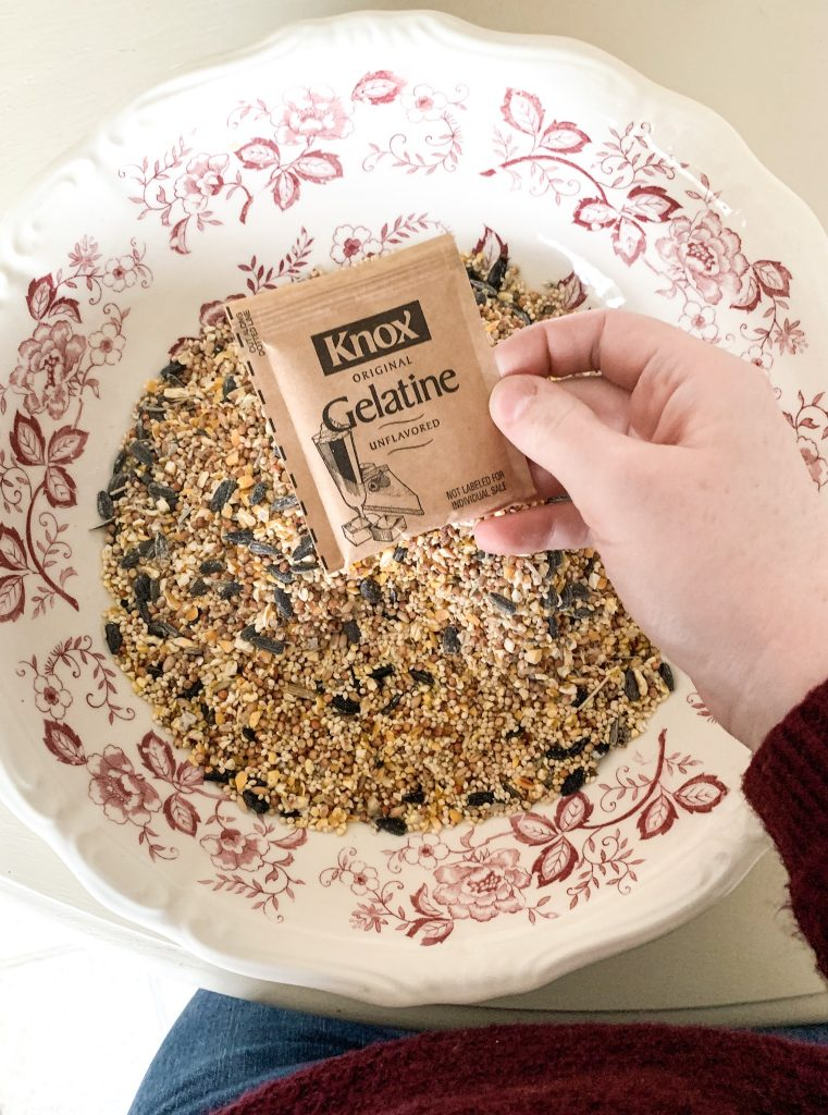 Knox gelatin for homemade bird feeder